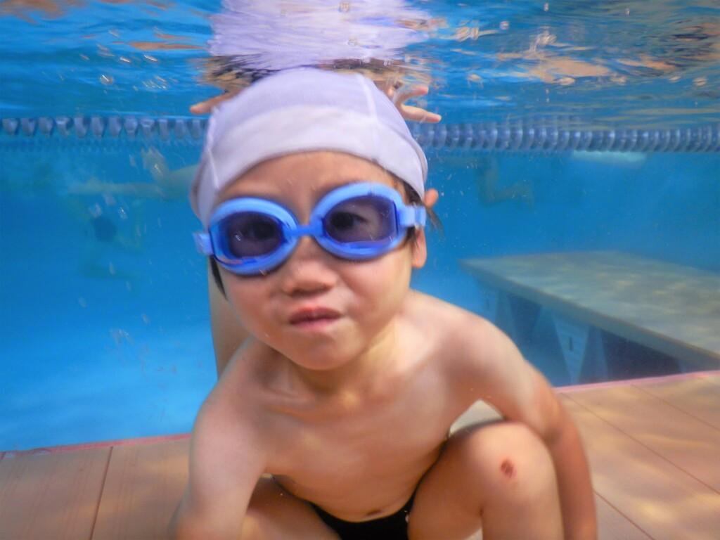 水泳は未就学児の習いごとで一番人気!